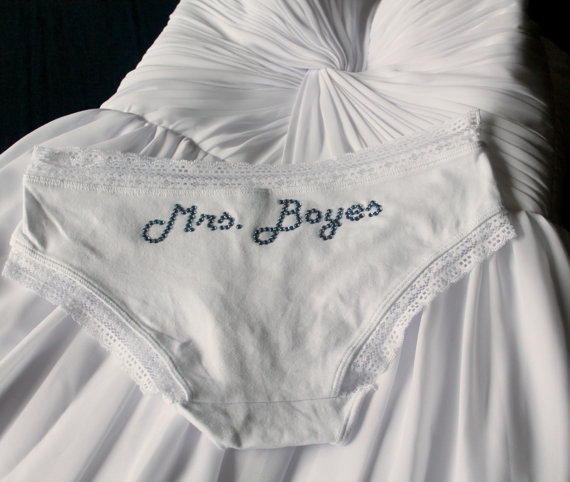 Hochzeit - Custom Bridal Panties, Bachelorette Wedding Shower Bridal Lingerie, Bridal Shower, Bachelorette Party Bride Lace Knickers, Cotton Hipster