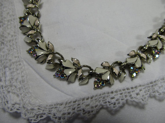 Vintage Coro Necklace With Sparkling Rhinestones And Pink White Enamel Signed Jewelry Bridal Country Wedding