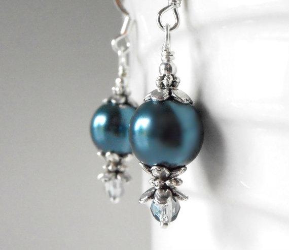 Свадьба - Teal Earrings Pearl Dangles in Antiqued Silver Bridesmaid Jewelry Sets Teal Wedding Jewellery Bridal Party Earrings