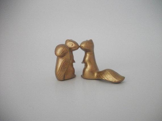 زفاف - Metallic Squirrels Wedding Cake Topper Ceramic Squirrels in Gold, Silver or Copper, Wedding Gift, Anniversary Gift, Home Decor