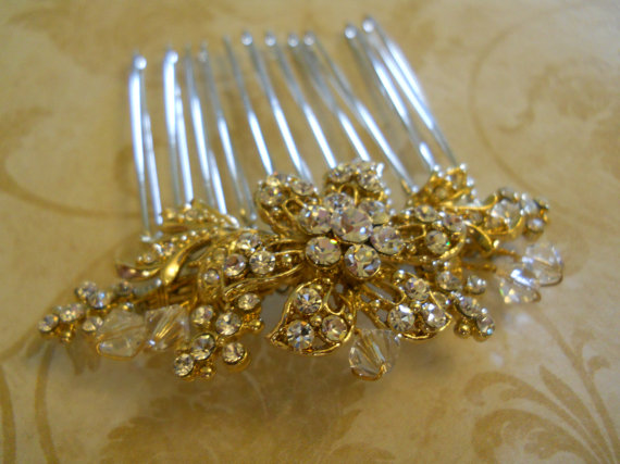 Mariage - SALE!! Gold Hair Comb Wedding Hair Comb Rhinestone Clear Crystal hair comb Bridal hair accessory Wedding jewelry Bridal Jewelry Wedding