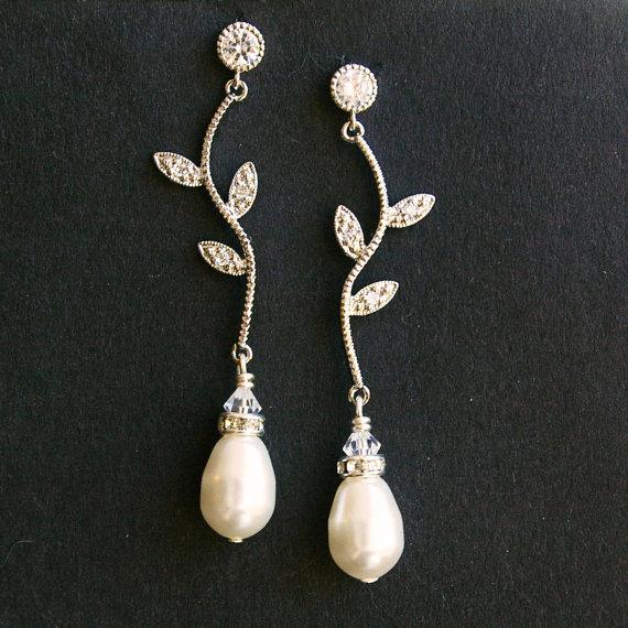 Mariage - Rhinestone Leaf Bridal Earrings, Vintage Inspired Bridal Wedding Earrings, Ivory White Pearl Drops, Silver Leaf Bridal Jewelry, Eden
