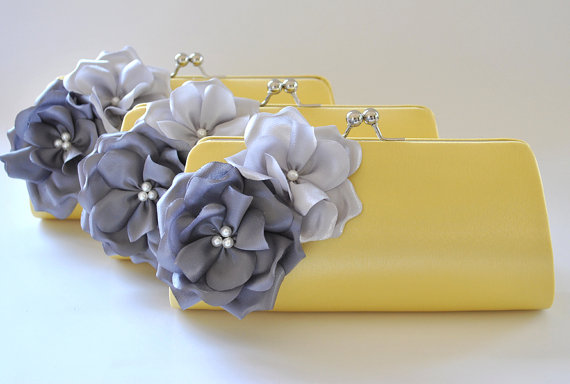 Свадьба - Set of 3  Bridesmaid clutches / Wedding clutches - Custom Color - STANDARD SHIPPING