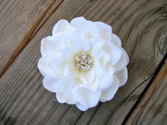 Свадьба - White Bridal Fascinator Hair Pin Wedding Head Piece Gardenia Clip Silk Flower Headband Bride Rhinestone Brooch Pin Cake Topper Ring Pillow
