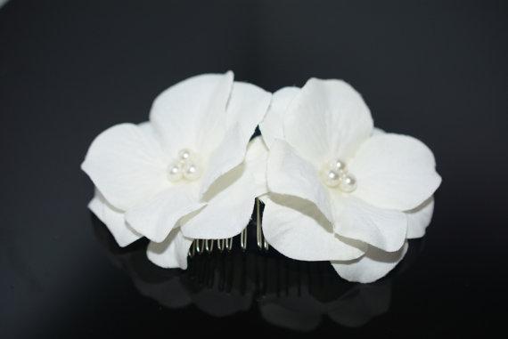 Свадьба - Light Cream Flower Hair Comb,Cream Flower Hair Comb,Wedding Hair Comb,Bridal Hair Comb,Pearl Comb,Wedding Hairpiece,Bridal Hair Accessories