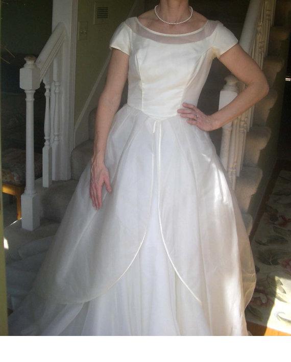 Hochzeit - Vintage 1950's Alfred Angelo Original Edythe Vincent Wedding Dress