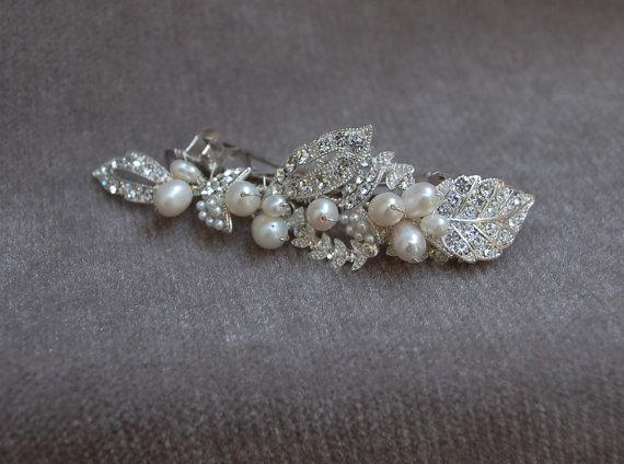 Hochzeit - Rhinestone And Pearl Bridal Hair Clip / Bridal Handmade Hair Clip / Wedding / Bridesmaid Barrette