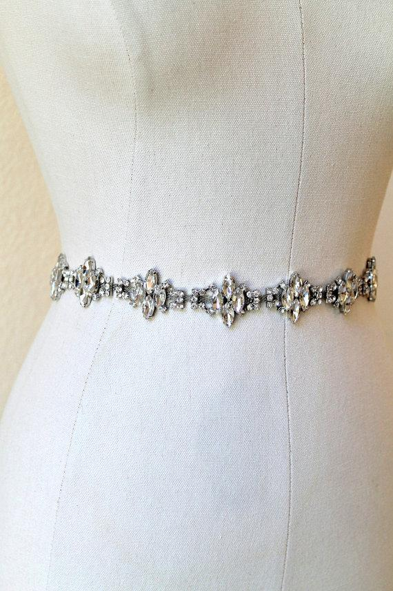 زفاف - Bridal vintage rhinestone jewel sash. Silver marquise crystal wedding belt.  MARQUISE CLUSTERS