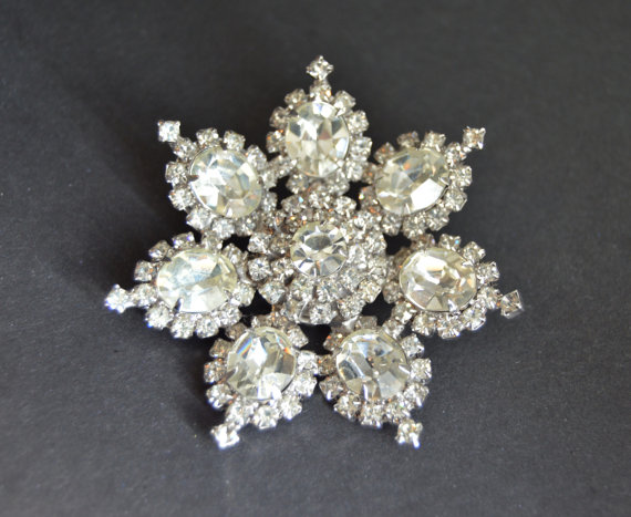 Hochzeit - KRAMER NY Large Rhinestone Brooch Bridal Jewelry Vintage Signed Runway Diamante 1950s  50s Marilyn Monroe Anniversary Gifts Birthday for her