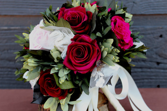 Свадьба - Sample Wedding Bouquet Elegant Burgundy Rose Bouquet Preserved Rose Bridal Bouquet Raspberry and Pink Rose Wedding Bouquet, Vintage Bouquet