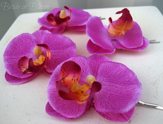 Свадьба - Wedding hair accessories Fuchsia lavender orchid bobby pins set of 4 Bridal hair flowers