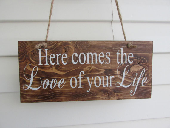 """Hochzeit - WEDDING SPRING SUMMER Ring Bearer""""Here comes the bride or """"love of your life"""" Sign.Twine,Country,Custom,Unique,Outdoor Wedding Decorations,"""