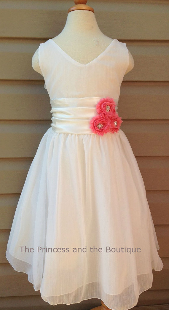 Mariage - Many colors available ivory Chiffon flower girl dress,Coral flowers Size Child 1T - 14