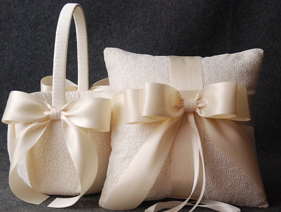 wedding ring pillow and flower girl basket set ivory lace with satin bows katherine 2261988. Black Bedroom Furniture Sets. Home Design Ideas