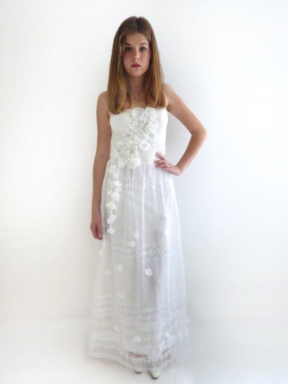 Hochzeit - Boho Wedding Dress, Alternative Wedding Dress, Lace wedding dress, Fairy wedding dress, strapless wedding dress Bridal Gown:WERONI Dress