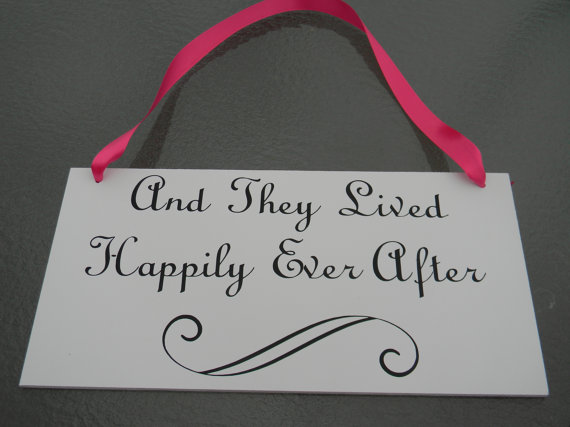 Hochzeit - Custom Double Sided Here Comes the Bride Sign-Ring Bearer Sign- Flower Girl Sign- Uncle Here Comes Your Bride Photo Prop