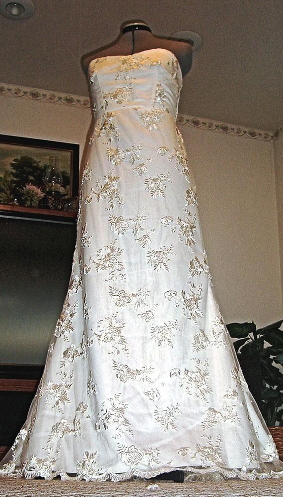 Hochzeit - VANESSA, Super elegant French Lace Wedding Dress by Sash Couture