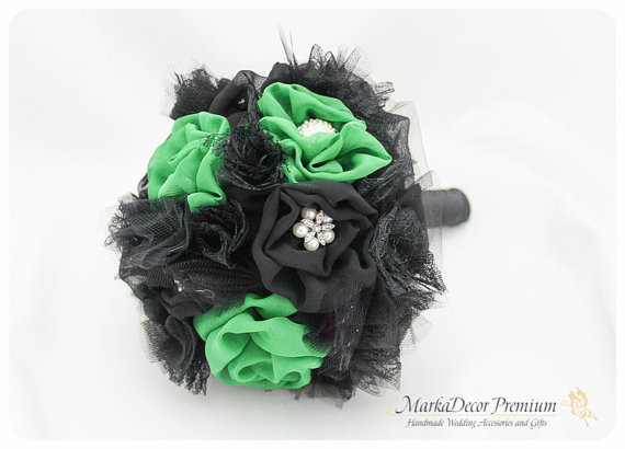 Mariage - Medium Wedding Custom Brooch Bouquet Bridal Bouquet Bridesmaids Jeweled Flower Beaded Bouquet in Black and Kelly Green