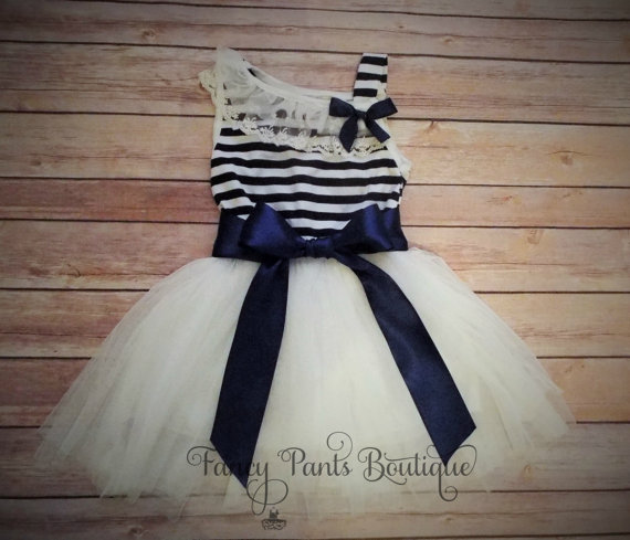 Свадьба - Navy White Toddler dress,  Girls Tutu Dress, Vintage Girls Dress,  Flower Girl Dress, Easter Birthday Dress,Rustic Beach Wedding