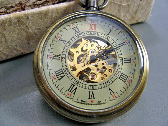 Свадьба - Victorian Bronze Mechanical Pocket Watch includes Watch Chain - Men - Groomsmen Gifts - Steampunk - Watch - Item MPW814