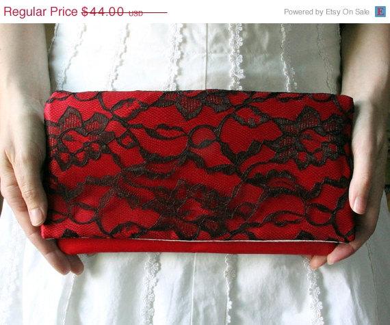 زفاف - Sale 10% Off The LENA CLUTCH - Black Lace and Red Satin Clutch - Wedding Clutch Purse - Bridesmaid Gift Idea
