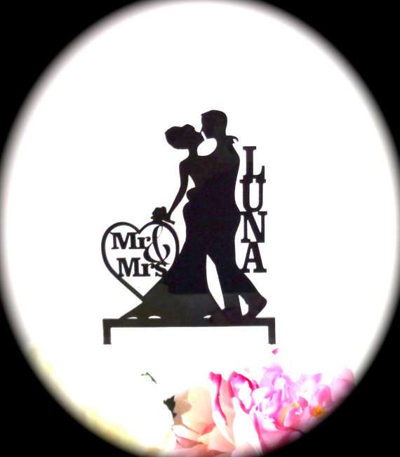 Mariage - SILHOUETTE Wedding Cake Topper Personalized With YOUR Family Last Name Mr and Mrs Silhouette Wedding Cake Topper Bride and Groom Cake Topper