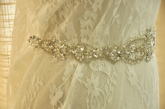 Mariage - Crystal and Rhinestone Beaded Applique Bridal Belt Wedding Sash Applique