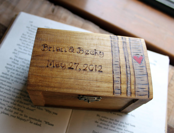 Mariage - Rustic Woodburned Ring Bearer Box -Birch Forest