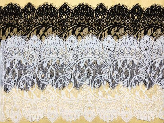 Свадьба - SALE Chantilly Lace Trim in White for Shawls, Mantilla, Victorian Gowns, Lingerie, Costumes Design