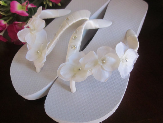 Mariage - Wedding Shoes/Flip Flops/Wedges for Bride,Beach Wedding,HIGH WEDGE,,Rhinestone Satin Hydrangea's.Scripting,Ivory Flip Flops.