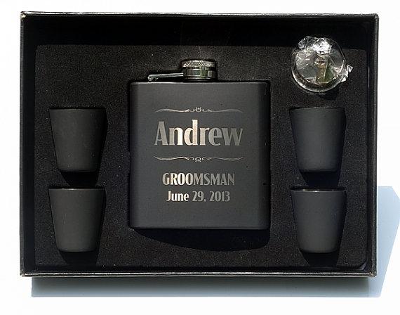 Свадьба - Groomsmen Flasks,Engraved Flask Set,Personalized Groomsmen Gift,Personalized Best Man Gift,8 Flask Sets,FSK-8