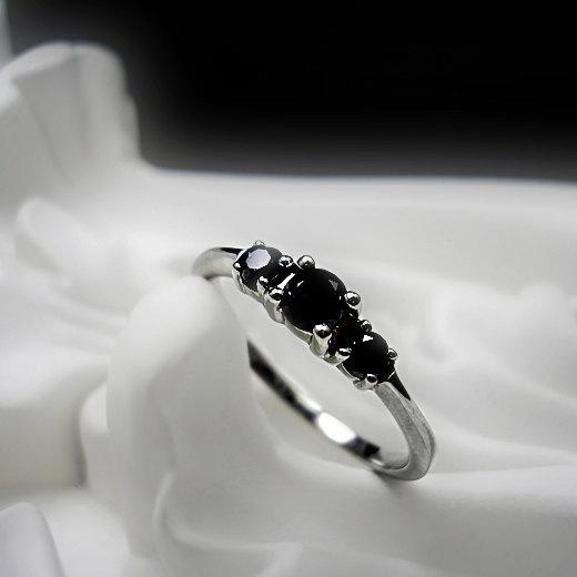 Свадьба - Black Diamond Three Stone Palladium Engagement Ring