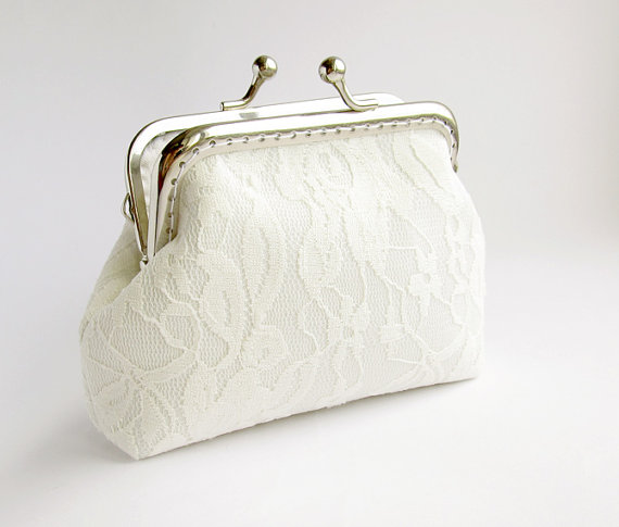 Mariage - White Lace Purse, Wedding Bridal Clutch Small with Kisslock