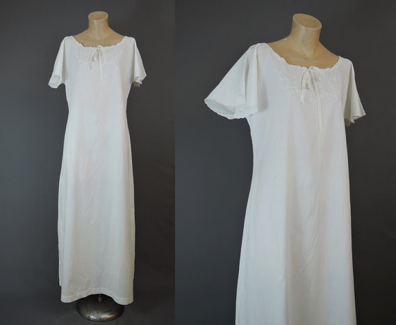 329b38fe2 White Cotton Nightgown - Vintage 1920s 1930s Long White Gown with Embroidery  - 34 to 36 inch bust