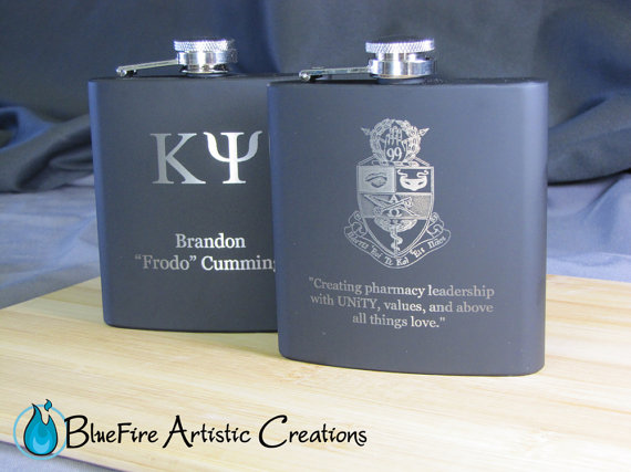 Mariage - Custom Personalized Flask Engraved Flask Groomsmen Gift 1 Single Flask