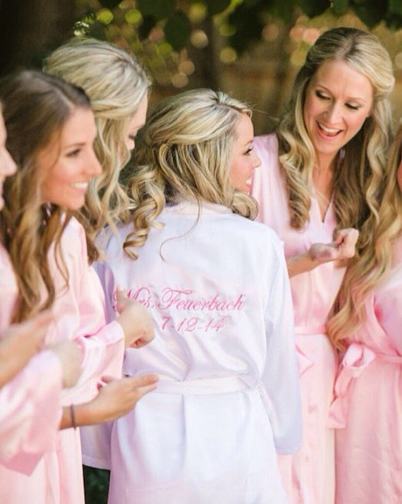 Wedding - ROBES SET OF 8 Bridesmaids Robes Bridesmaid Robes Satin Robes in Red Monogrammed Robes Silk Robes Personalized  Bridesmaid Gifts
