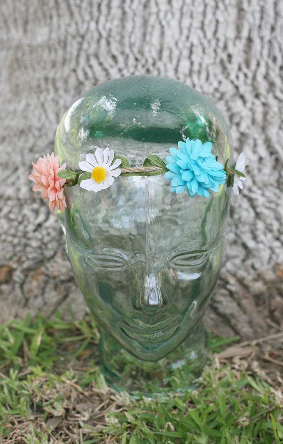 Mariage - Mums White Daisies Thin Floral Flower Crown Headband (Lana Del Rey Mexican Wedding Bridal Coachella Bonnaroo Music Festival)