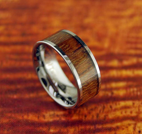 Свадьба - 8mm Tungsten Carbide Koa Wood Inlaid Ring - Wedding band - Engagement/Promise Ring