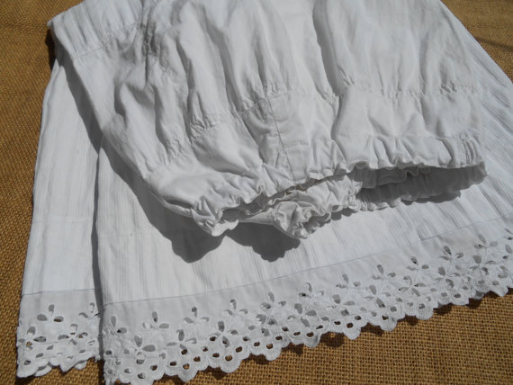 76c61d463e2 50 s White French Ribed Cotton Petticoat Handmade Ruffled Eyelet Lace  Trimmed Vintage French Lingerie