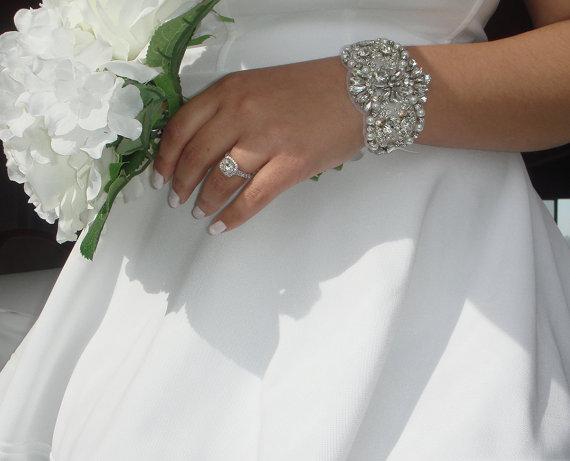 Mariage - Rhinestone Bracelet, Wedding Jewelry, Bridal Accessories, Bridesmaid Gift, Crystal Bracelet, Statement Jewelry, Cuff, Quinceanera  -Estrella