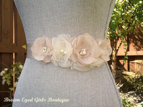 Mariage - Champagne Wedding Sash, Champagne Bridal Sash, Champagne Wedding Belt, Bridal Belt -Champagne Chiffon Flowers