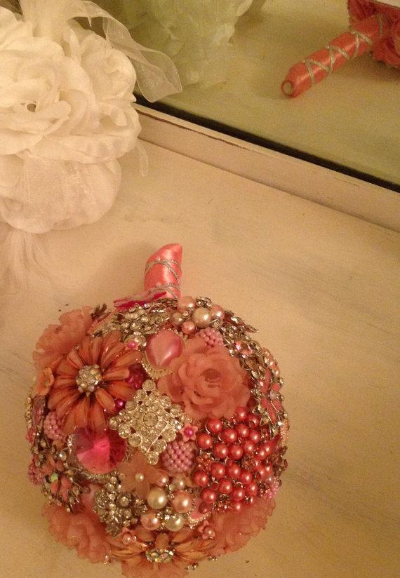 Hochzeit - Pretty in Pink Brooch Bouquet- DEPOSIT on Custom Order