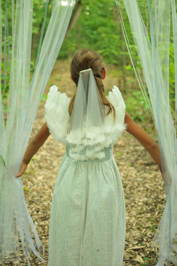Wedding - Communion veil in two layers with flower edge lace, Confirmation lace veil, flower girl lace veil in two tier with lace edge children's veil