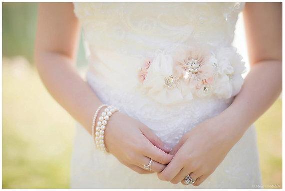 Свадьба - Pale Blush and Ivory Bridal Sash, Petal Pink Wedding Belt, Flower Sash, Pearls and Crystals - BARELY BLUSH