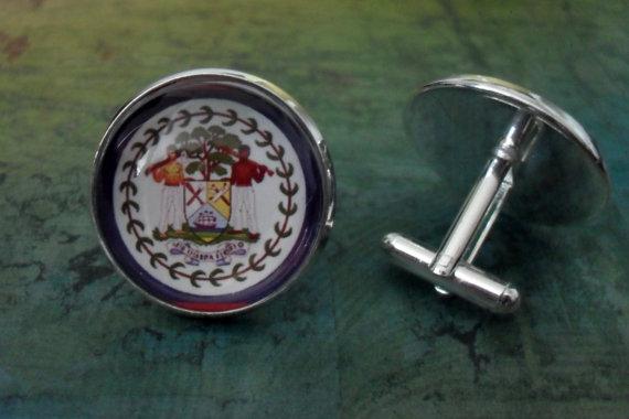 Hochzeit - BELIZE FLAG Silver Cufflinks / Father's Day / Groomsmen Gift / Wedding / Patriotic cuff links / cufflink / national flag jewelry / gift box