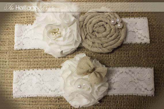 Свадьба - Garter - Bridal  - Wedding Garter - Burlap Garter -  rustic garter - white garter - ivory garter