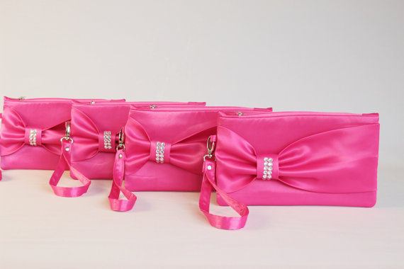 Hochzeit - Promotional sale   - SET OF  6 - Fuchsia bow wristelt clutch,bridesmaid gift ,wedding gift ,make up bag,zipper ,royal blue