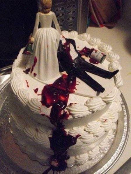 Wedding Theme 10 Coolest Zombie Wedding Cakes 2265670 Weddbook
