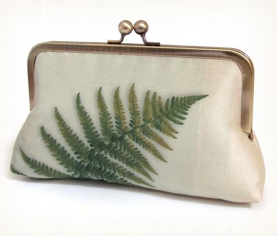 Mariage - Clutch bag, silk purse, green fern, woodland wedding, bridesmaid gift