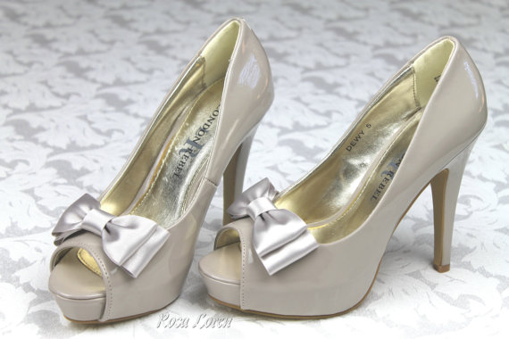 Mariage - Silver Gray Shoe Bows, Silver Grey Bow Shoe Clips, Gray Wedding Accessories Shoes Clip, Grey Bow Clip Shoes